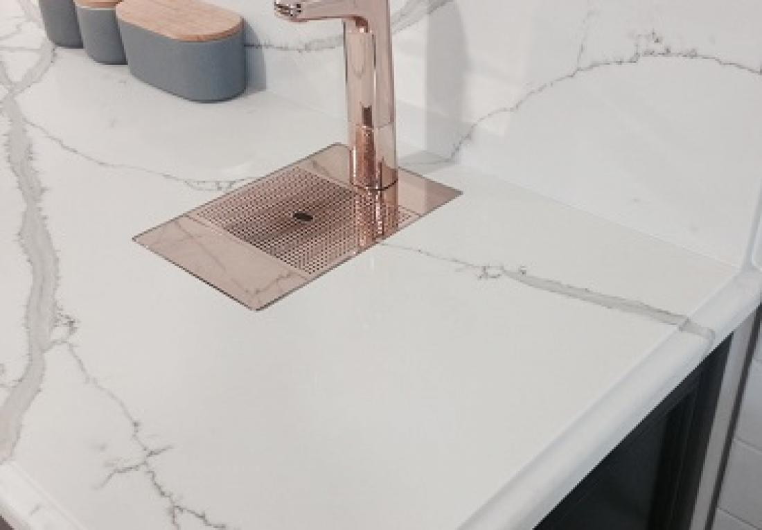 quartz bathroom vanity calacatta verve